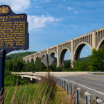 Cool_old_Train_Tressel_-_Tunkhannock_Viaduct,_NE_Pennsylvania_USA2